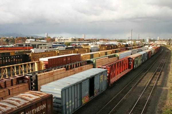 Bảng giá cước vận tải, vận chuyển hàng hóa bằng đường sắt Bắc Nam