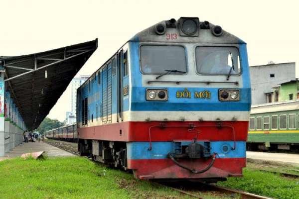 Nhận vận chuyển máy móc thiết bị hàng gia dụng bằng tàu hỏa đi ra Hà Nội