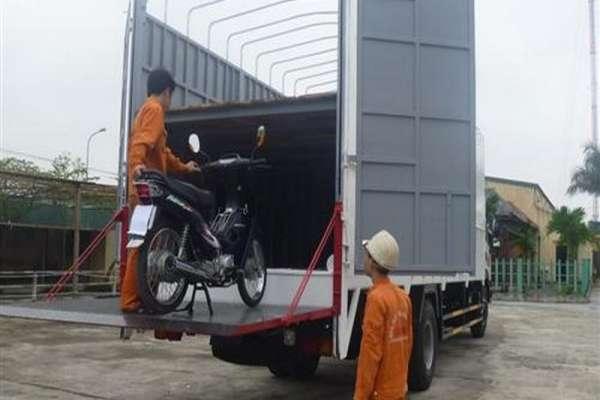 Dịch vụ vận chuyển gửi xe máy đi Bình Dương uy tín giá rẻ