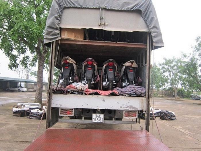 Dịch vụ vận chuyển xe máy về Vinh - Nghệ An