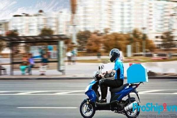 Tìm hiểu dịch vụ giao hàng bằng xe máy tại TPHCM