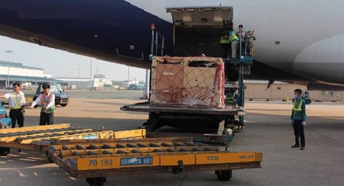 Nhận vận chuyển gửi hàng đến tất cả các sân bay tại Việt Nam