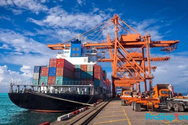 Những lý do khiến vận chuyển hàng hóa đường biến có chi phí thấp?
