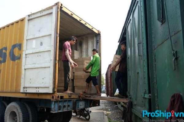 Tìm hiểu quy trình gửi và nhận hàng trong vận chuyển đường sắt