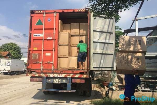 Dịch vụ nhận gửi hàng hóa từ Bình Định vào TPHCM nhanh chóng, tiện lợi