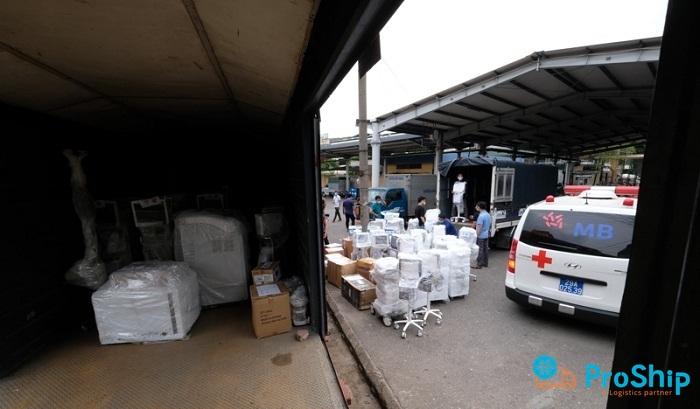 Nhận vận chuyển thiết bị y tế đi Sài Gòn, Bình Dương trong mùa Covid-19