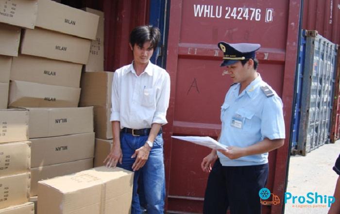 Vận chuyển hàng hóa không có hóa đơn chứng từ bị phạt bao nhiêu?